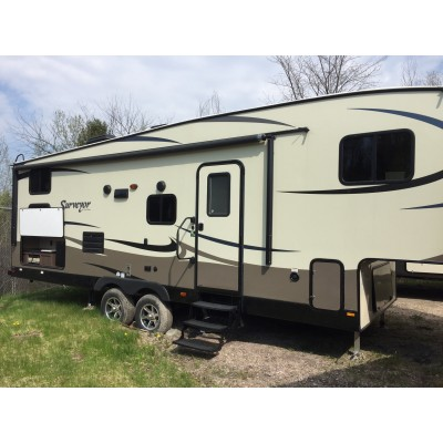 2016 Surveyor 275BHSS